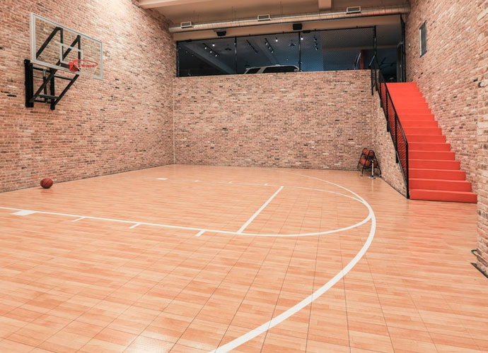 Le terrain de basket indoor blog golf plus actualit s golf r sultats in - Terrain de basket maison ...