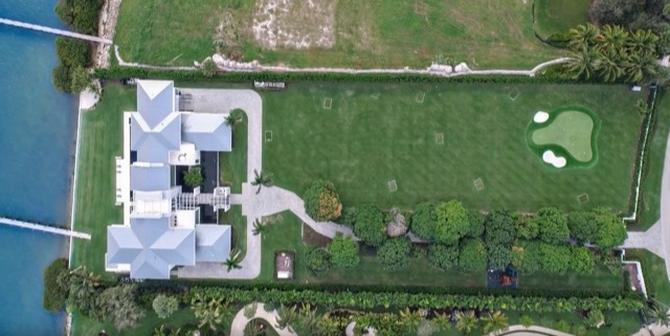 rickie folwer se paye une villa de 14 millions d'euros